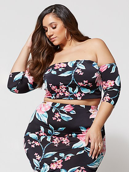 Plus Size Tropical Off the Shoulder Crop Top - Fashion To Figure