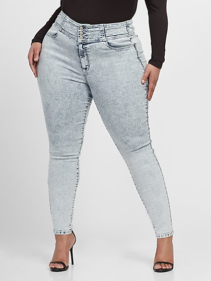 Plus Size Ultra High-Rise 3 Button Yoke Skinny Jeans - Fashion To Figure