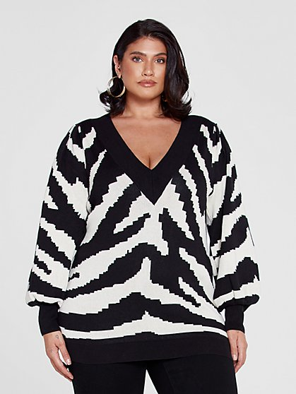 Plus Size Veronica Tiger Print V-Neck Sweater - Fashion To Figure