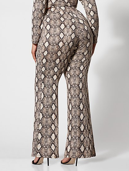 15987bd380f ... Plus Size Willow Snake-Print Flare Pants - Fashion To Figure ...