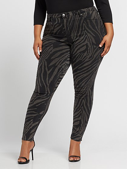 Plus Size Zebra Print Mid-Rise Skinny Jeans - Fashion To Figure