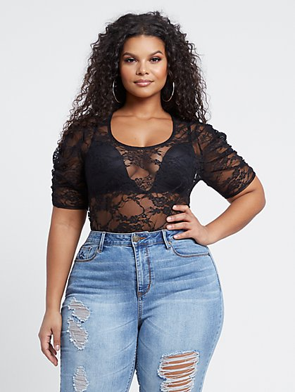 Plus Size Zhavia Ruched Shoulder Lace Top - Fashion To Figure